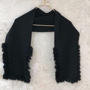 SCARF Knit with Fur Trim Black